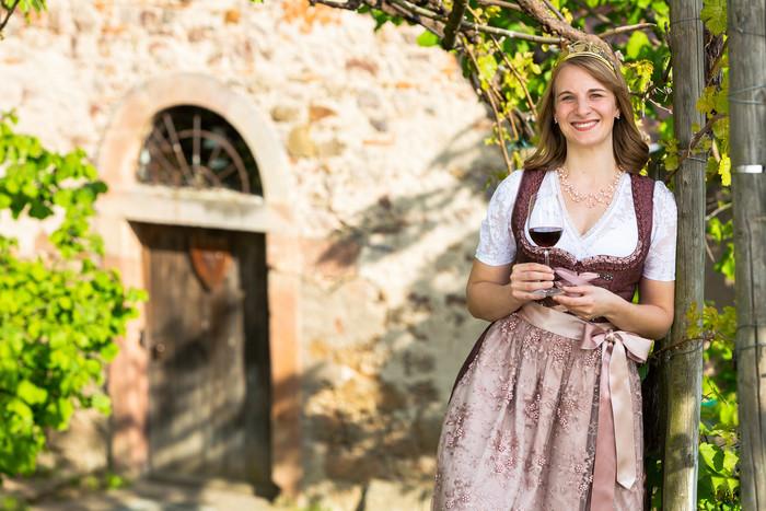 Durbacher Weinprinzessin 2019 - 2021 Hannah Walter (geb. Kern)